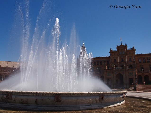 Plaza de España fountain