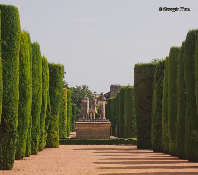 Path to statues