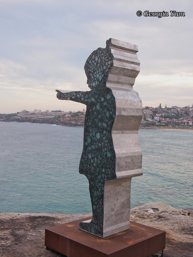 pointing sculpture
