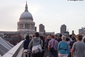 crowd St Pauls