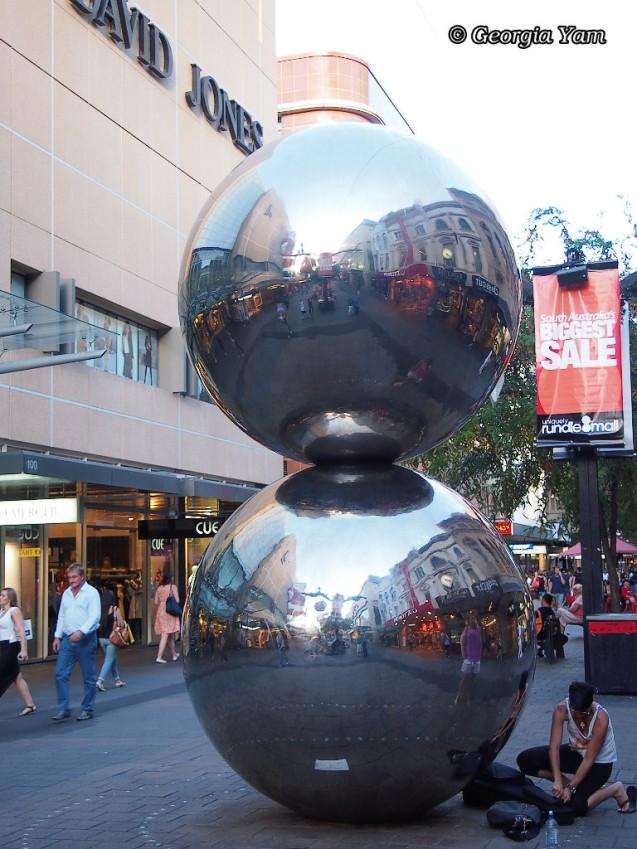 Malls Balls