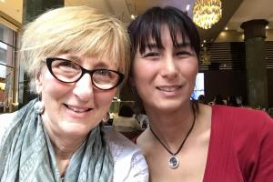mum and me Lindt cafe
