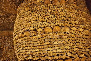 skull and bone sculpture catacombs